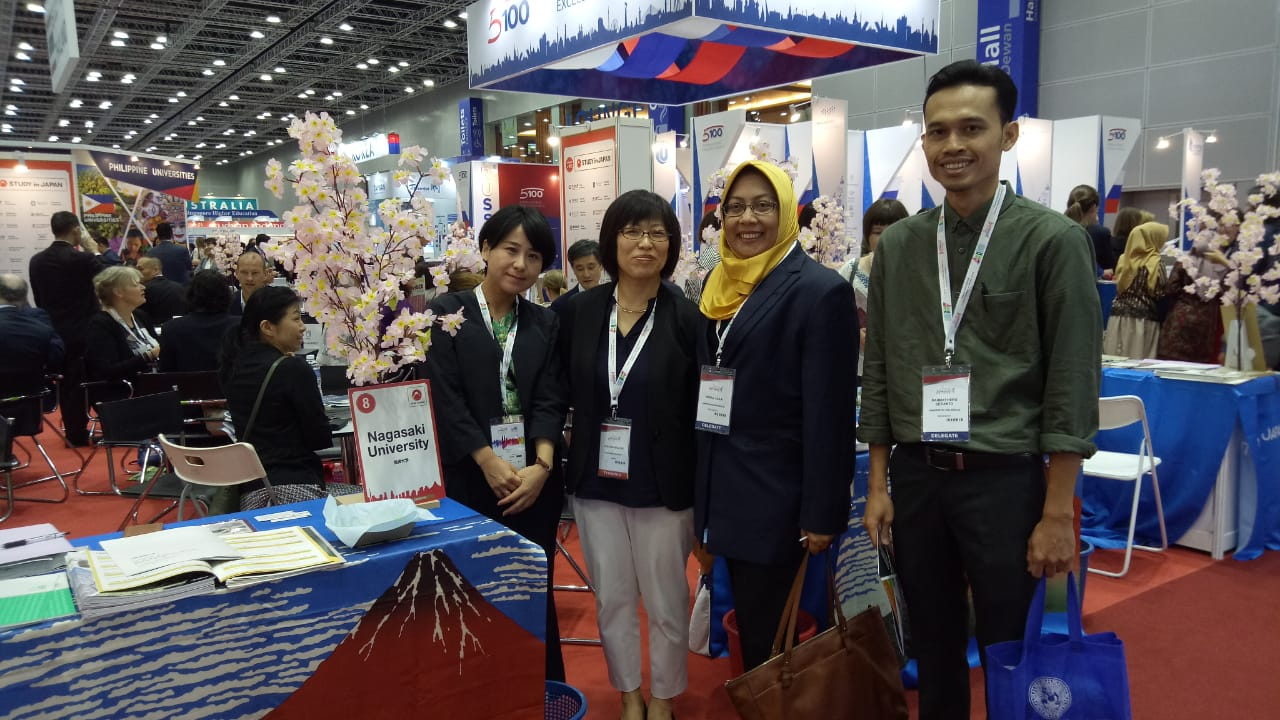 FEB Unair in International Education Expo at Malaysia 26 Mar 2019 with Nagasaki Univ